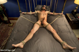 10 Minutes.Man Bound on Bed
